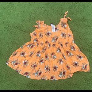 Torrid, floral print sleeveless shirt